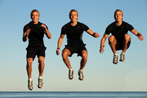 plyometrics-tuck-jump-man-outdoors
