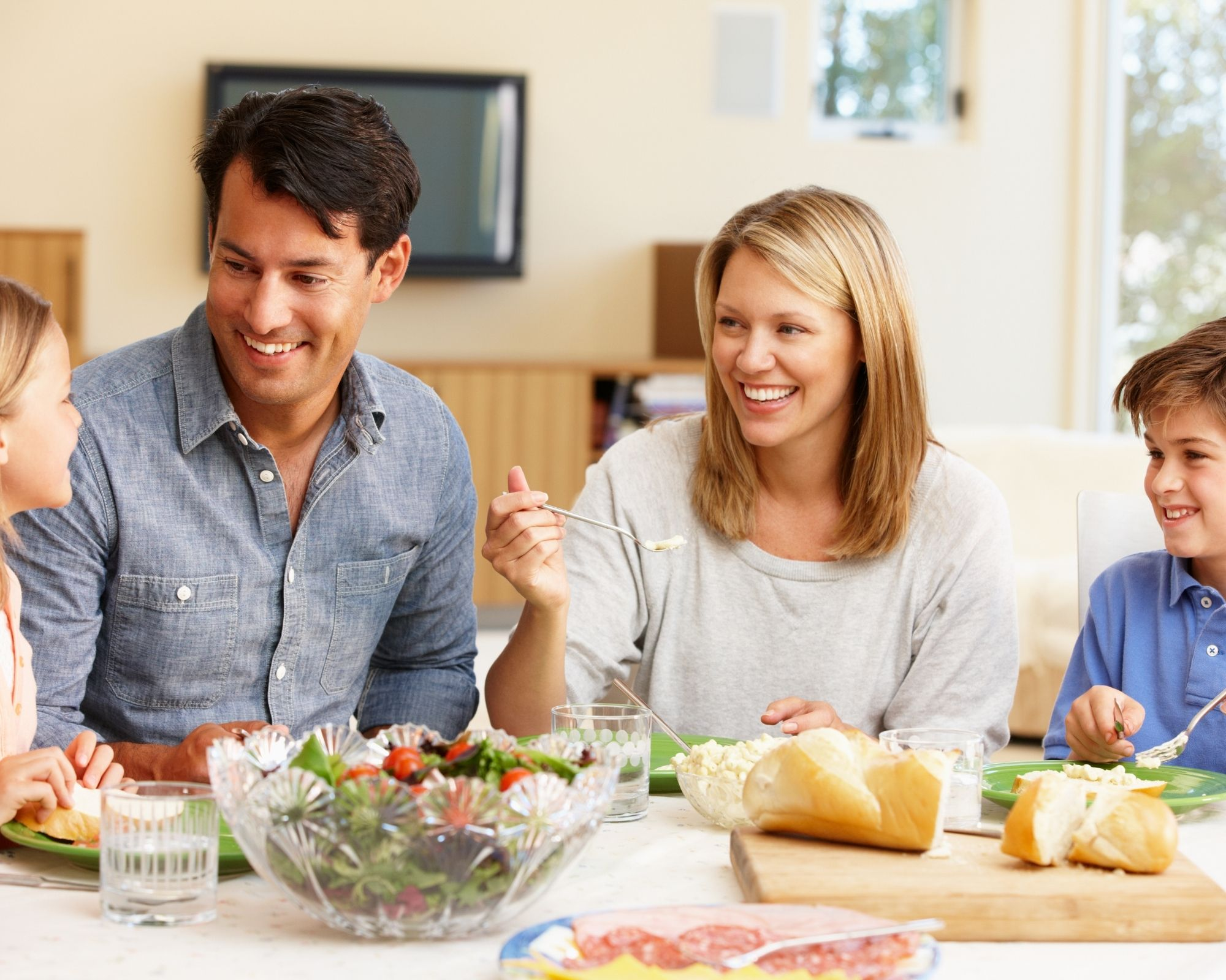 Family eating at a table - intermittent