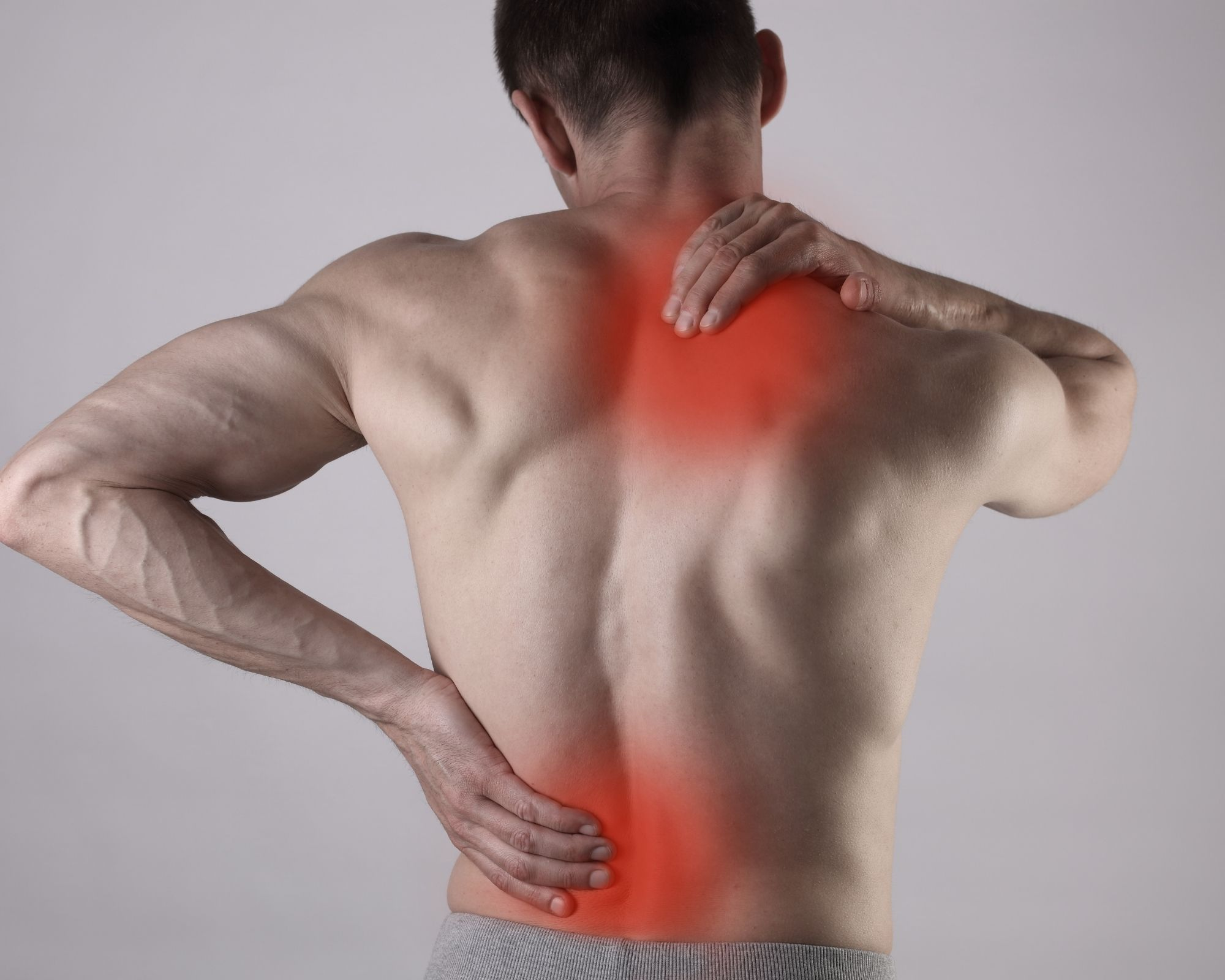 Man with inflammation on his back and shoulders - Formula